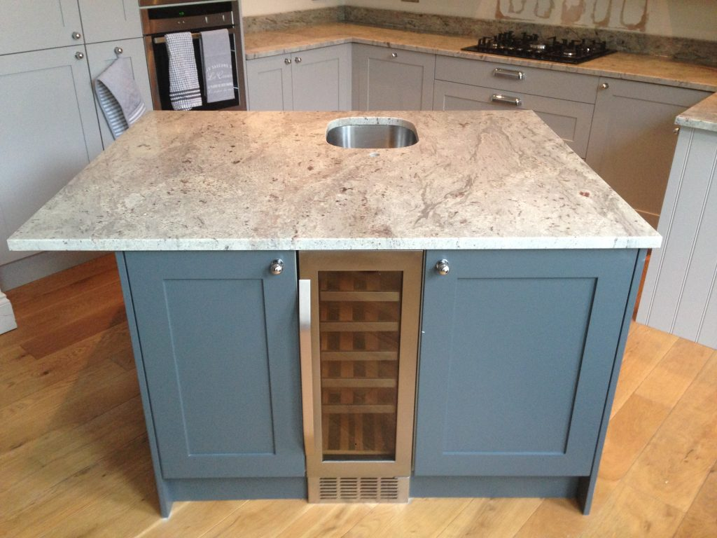 Creating A Kitchen Island: How A Kitchen Island Can Make The Most Of Your Home