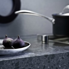 Quartz or granite worktop? Here's 7 Practical Tips to help you decide